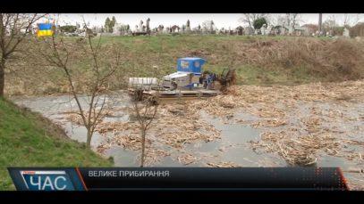 У селі Баранинці, що на ужгородщині взялися приводити до ладу околиці села
